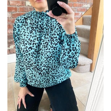 Elasticated Chiffon Blouse - One Size, fits up to 16 - Mint