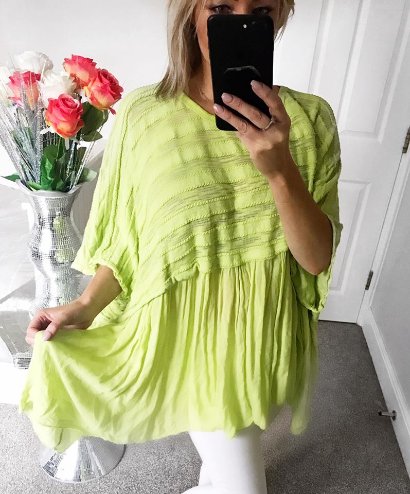 Vienna Textured Linen Batwing Top - Lime