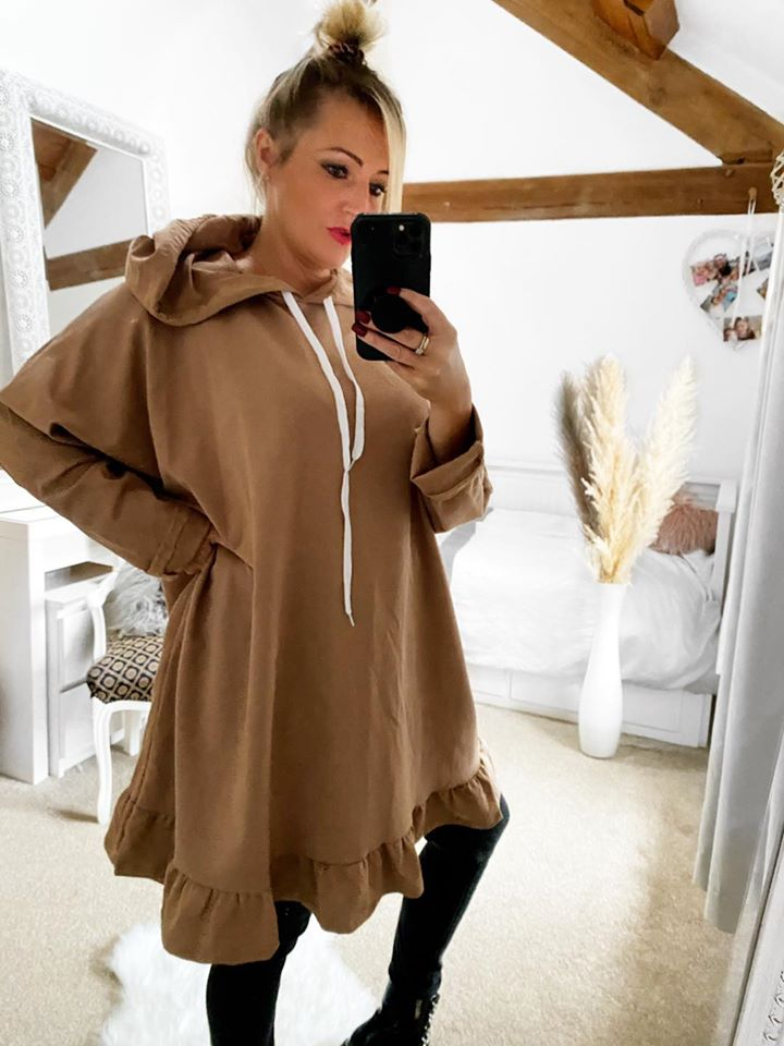 PLUS SIZE Frill Hoodie