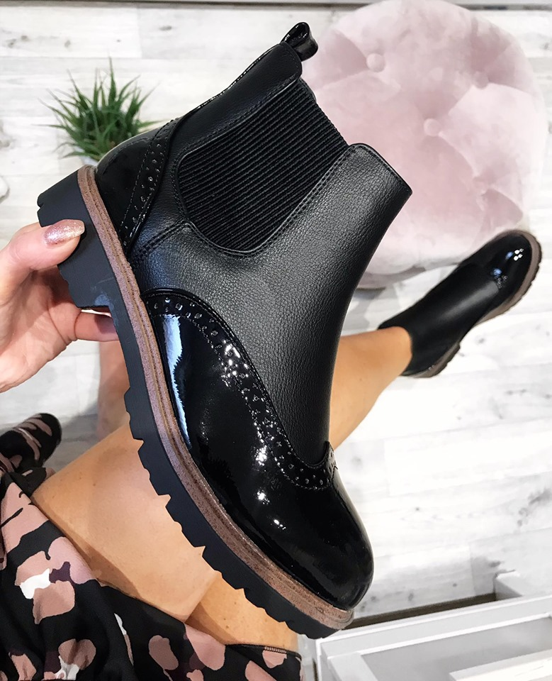 Danza Brogue Chelsea Boots - Black
