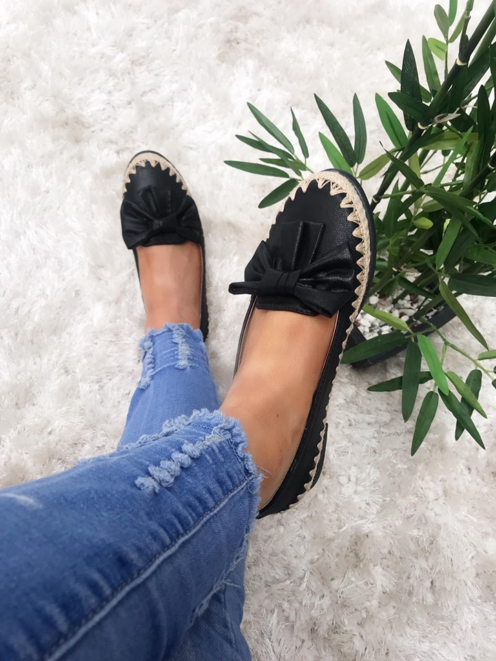 Black Bow Comfort Loafers with Beige Trim